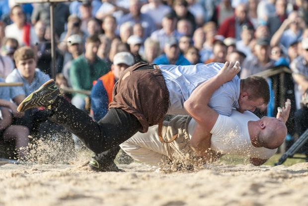 Christian Schuler_am gewinnen gegen burki