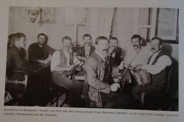 Musikanten im Restaurant Schäfli